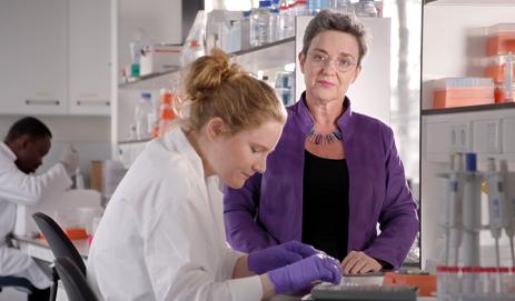 Onderzoekers in lab
