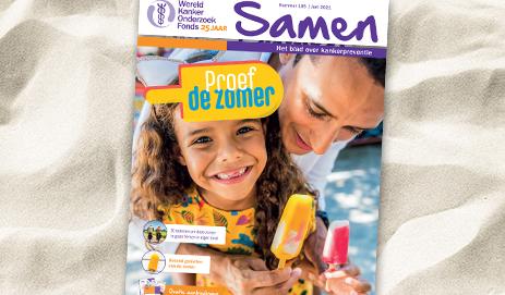 Omslag magazine Samen op het strand