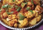 Bloemkool en aardappelcurry